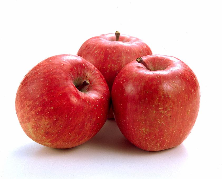 ころんとしたりんご。